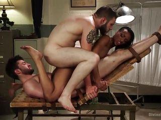 групповое порно в хорошем качестве